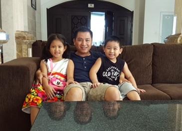 Tien & Children Cropped